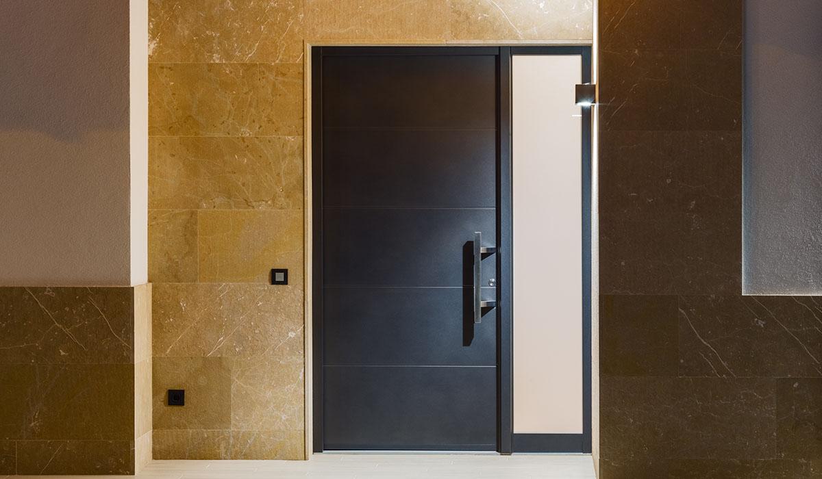 puertas personalizables y seguras bellafinestra